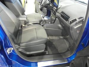 Ford ECOSPORT 1,0 EcoBoost 140hv M6 Titanium 5-ovinen, vm. 2019, 11 tkm (7 / 8)
