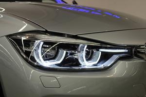 BMW 320D F31 Touring A Xdrive Sportline, vm. 2017, 67 tkm (16 / 23)
