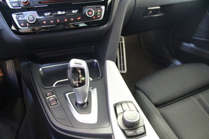BMW 320D F31 Touring A Xdrive Sportline, vm. 2017, 67 tkm (21 / 23)