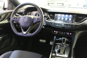Opel INSIGNIA Grand Sport Innovation Plus 200 Turbo A, vm. 2019, 2 tkm (15 / 17)