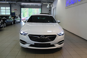 Opel INSIGNIA Grand Sport Innovation Plus 200 Turbo A, vm. 2019, 2 tkm (3 / 17)
