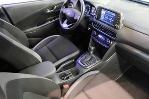 Hyundai KONA 1,6 T-GDI 4WD 7DCT-aut. Style NEDC BT, vm. 2018, 10 tkm (10 / 15)