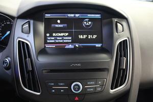 Ford Focus 1,5 EcoBoost 182 hv Start/Stop A6 Titanium 5-ovinen, vm. 2016, 39 tkm (14 / 18)
