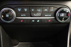 Ford Fiesta 1,0 EcoBoost 100hv M6 Titanium 5-ovinen, vm. 2018, 22 tkm (12 / 14)
