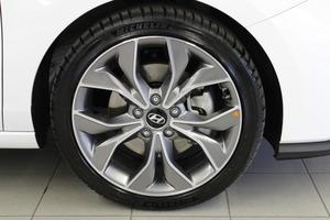Hyundai i30 Hatchback 1,4 T-GDI 140 hv 7-DCT-aut. N Line, vm. 2019, 3 tkm (18 / 23)