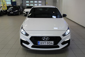 Hyundai i30 Hatchback 1,4 T-GDI 140 hv 7-DCT-aut. N Line, vm. 2019, 3 tkm (3 / 23)