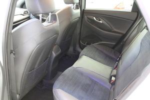 Hyundai i30 Fastback 1,4 T-GDI 140 hv 7DCT-aut N Line, vm. 2019, 5 tkm (7 / 11)