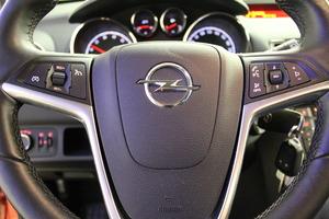 Opel Meriva 5-ov Enjoy 1,4T ecoFLEX Start/Stop 88kW MT6, vm. 2012, 85 tkm (12 / 12)