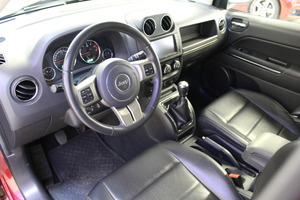 Jeep Compass 4x4 2,2 CRD Limited, vm. 2012, 84 tkm (8 / 13)