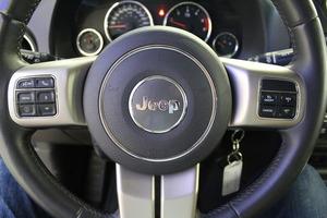 Jeep Compass 4x4 2,2 CRD Limited, vm. 2012, 84 tkm (9 / 13)
