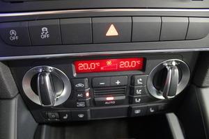Audi A3 Sportback Attraction S line Business Plus 1,4 TFSI 92 kW S tronic Start-Stop, vm. 2012, 142 tkm (13 / 14)