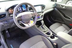 Hyundai IONIQ PLUG-IN DCT Comfort WLTP, vm. 2019, 2 tkm (10 / 14)