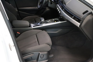 AUDI A4 Avant Business Sport 2,0 TDI 140 kW quattro S tronic, vm. 2018, 7 tkm (7 / 15)