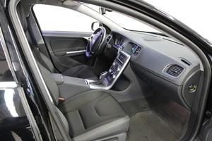 Volvo S60 D4 Business aut, vm. 2014, 109 tkm (13 / 17)