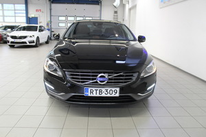 Volvo S60 D4 Business aut, vm. 2014, 109 tkm (3 / 17)