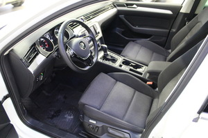 Volkswagen Passat Sedan Comfortline 1,4 TSI 92 kW (125 hv) DSG-automaatti, vm. 2017, 51 tkm (8 / 15)