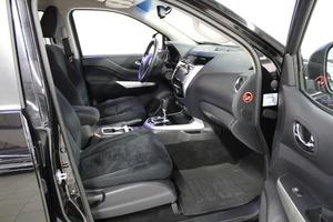 Nissan Navara Double Cab 2,3 dCi 190hp AT Tekna, vm. 2016, 42 tkm (6 / 16)