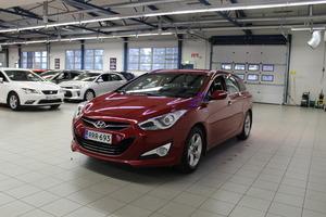 Hyundai i40 Wagon 1,6 GDI 6MT ISG Style, vm. 2014, 131 tkm (4 / 16)