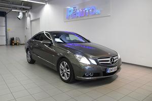 Mercedes-Benz E 350 CDI BE Coupé A *Suomi-auto, Täyd. huoltokirja*, vm. 2009, 140 tkm (2 / 17)
