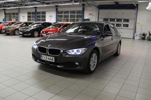 BMW 320 TwinPower Turbo A Limited xDrive Edition F30 Sedan, vm. 2013, 162 tkm (3 / 11)