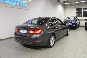 BMW 320 TwinPower Turbo A Limited xDrive Edition F30 Sedan, vm. 2013, 162 tkm (5 / 11)