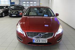 Volvo S60 T4 Summum, vm. 2012, 82 tkm (3 / 17)