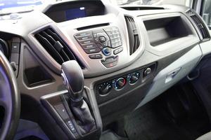 Ford Transit 350 2,0 TDCi 130 hv A6 Etuveto Trend L3H2, vm. 2017, 54 tkm (8 / 10)