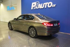 BMW 530 G30 Sedan 530e A iPerformance Launch Edition Sport, vm. 2017, 54 tkm (3 / 12)