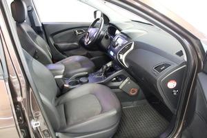 Hyundai ix35 4wd 2,0 CRDi-R 135kW 6AT Style, vm. 2010, 131 tkm (9 / 9)