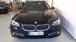 BMW 530 F11 Touring 530d TwinPower Turbo A xDrive Limited xDrive Edition Luxury, vm. 2014, 162 tkm (2 / 9)