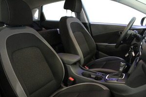 Hyundai KONA 1,6 hybrid 141 hv 6-DCT Comfort MY20, vm. 2019, 13 tkm (10 / 13)