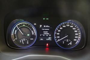 Hyundai KONA 1,6 hybrid 141 hv 6-DCT Comfort MY20, vm. 2019, 13 tkm (6 / 13)