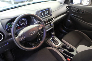 Hyundai KONA 1,6 hybrid 141 hv 6-DCT Comfort MY20, vm. 2019, 13 tkm (9 / 13)