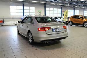 Audi A4 Sedan Business Sport 2,0 TDI 100 kW ultra S-Line, vm. 2014, 96 tkm (4 / 14)