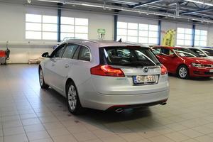 Opel Insignia Sports Tourer Edition 1,6 Turbo Ecotec 132kW/180hv M6 BL, vm. 2009, 134 tkm (4 / 12)