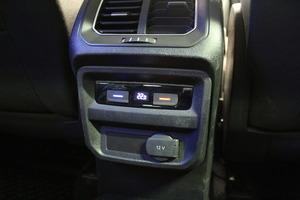 Volkswagen Tiguan R-Line 2,0 TDI SCR 140 kW (190 hv) 4MOTION DSG-automaatti, vm. 2017, 62 tkm (16 / 19)