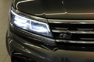 Volkswagen Tiguan R-Line 2,0 TDI SCR 140 kW (190 hv) 4MOTION DSG-automaatti, vm. 2017, 62 tkm (19 / 19)