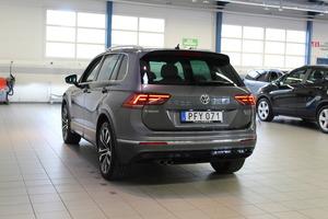 Volkswagen Tiguan R-Line 2,0 TDI SCR 140 kW (190 hv) 4MOTION DSG-automaatti, vm. 2017, 62 tkm (4 / 19)