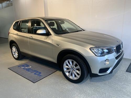 BMW X3 F25 xDrive20d A Business, vm. 2016, 68 tkm (1 / 17)